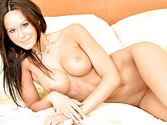 Naked Babe, Kendra caresses her tone sexy body