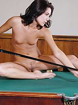 Old Pussy, Julie - Table Games