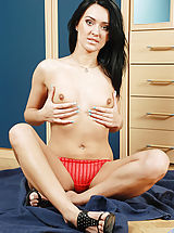 Young Pussy, Absolutely beautiful mature cougar pleasures her pussy with a long vibrator