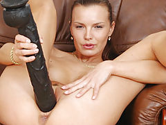 Hot Bod, Suzie black brutal dildo
