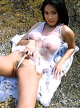 Amateur Babes, Asian Women annie chui 04 areola beach water dildo