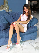 High.Heels Pussy: Pussy Closeup of Veronica Rodriguez