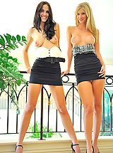 FTV Girls Pics: Kirsten and Natalie play in public