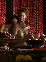 Bare Maidens Pics: Game of Thrones Girls Middlge ages lesbian training