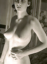 Vintage Pussy: Exposed American Wives in 1930s - Hot Bodies Awesome Breasts and Wonderful Bushy Pussies in These Rare 70's Photos