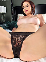 Pussy Babes: Pussy and Snatch Closeups at its Best