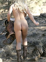 Outdoor Babes: WoW nude shymin knights of lesbian love