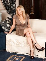Young Babes, Sexy blond MUM Scarlet posing undressed in just her high heel pumps.