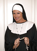 Brunette Babe, Kelly the nun takes father Ryans virginity.