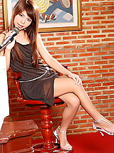 The Black Alley Pics: nicole wei 09 large labia singer