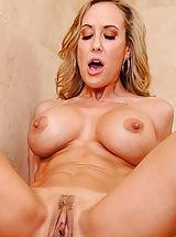 hairless slit, Brandi Love