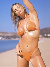 Tonya Elliott, One Beach Four Bikinis