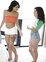 all ladies shaved, Gina Valentina,Kiley Jay