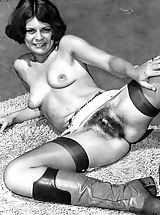 Vintage Pussy: Aged Babes