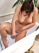 bald pussy, stracy 04 natural titties showered wetpussy
