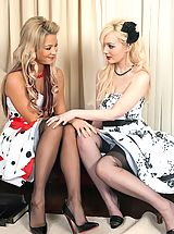 Lingerie Babes: Faye and Natalia - Nylon foot loose...