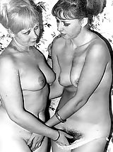Vintage Pussy: Clasic Nymphs